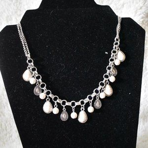 White crackle stone & silver necklace & earrings
